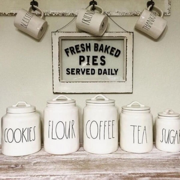 Love this #cricut #farmhouse kitchen sign #project #crafts
