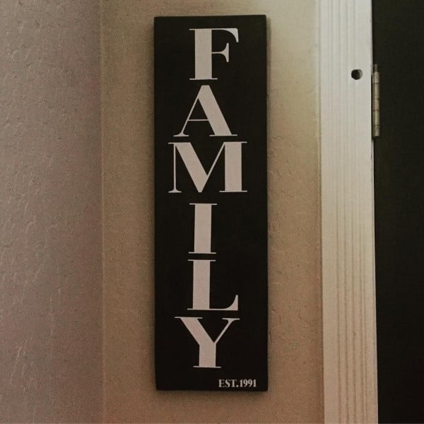 Love this #cricut wall art sign #project #crafts