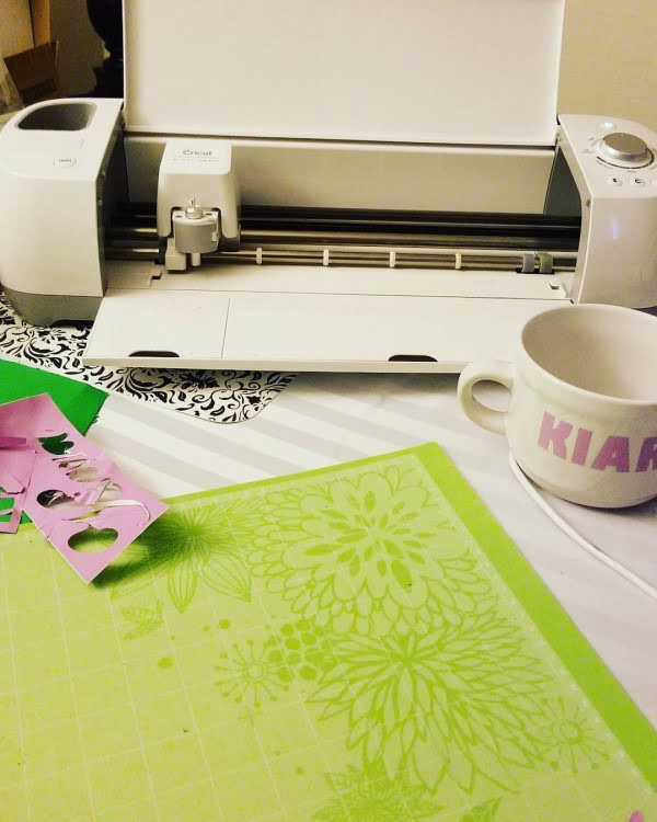 Cool Ideas For Home Decor: 30 Cool Cricut Project Ideas That You Can Use In Home Decor