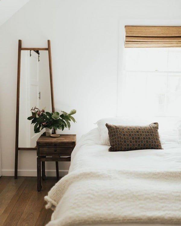 Love this minimalist  bedroom decor idea!
