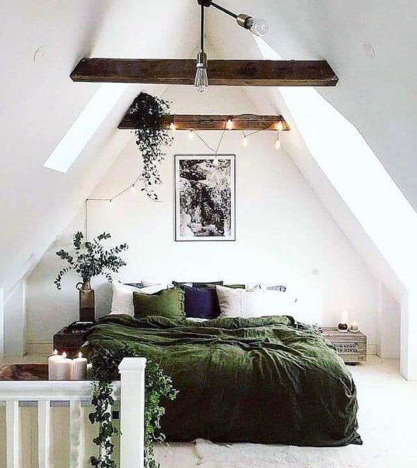 When you have gorgeous rustic beams in your #bedroom you have to emphasize them! #homedecor