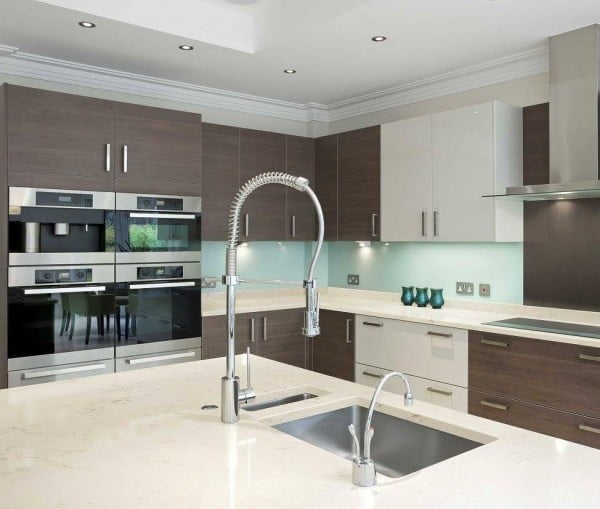 Love these creamy Zodiaq #kitchen countertops. Awesome look! #homedecor