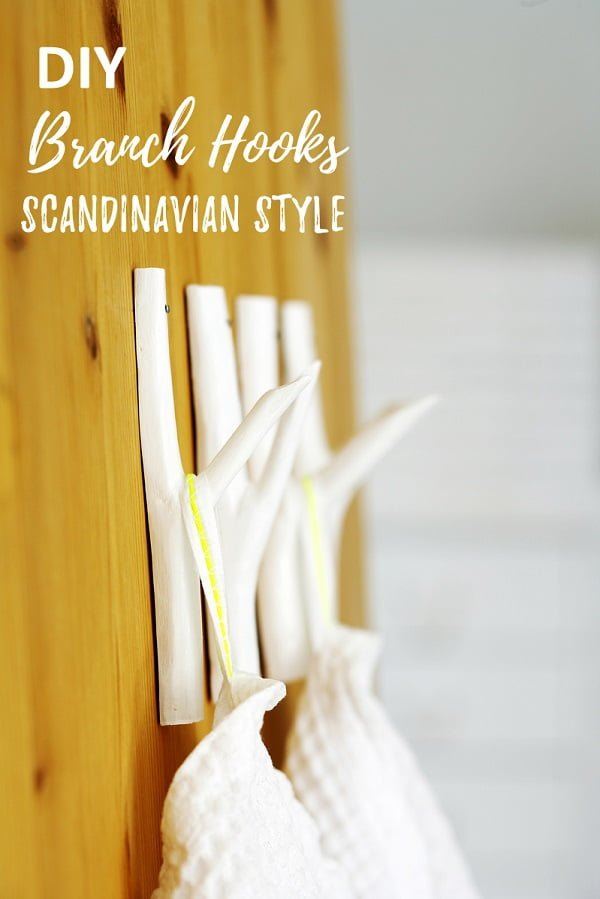 Check out this easy idea on how to make #DIY branch hooks for Scandinavian style #homedecor #rustic #project