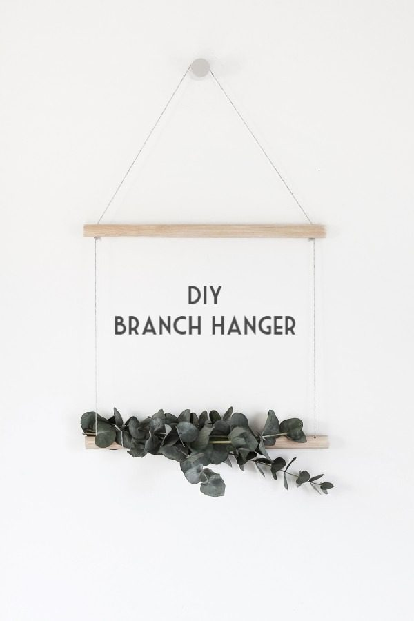 Check out this easy idea on how to make a #DIY branch hanger #DIYHomeDecor #HomeDecorIdeas