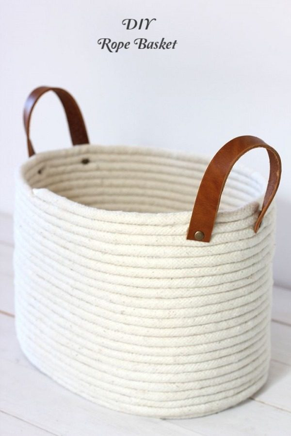 Check out this easy idea on how to make a #DIY rope basket #DIYHomeDecor #HomeDecorIdeas