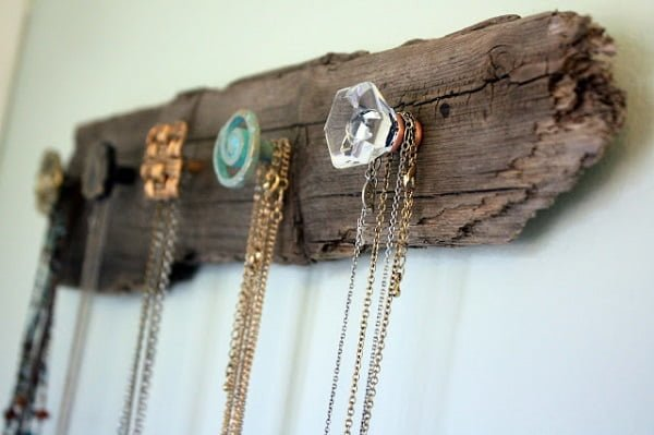 Driftwood Necklace Holder to Make and Sell