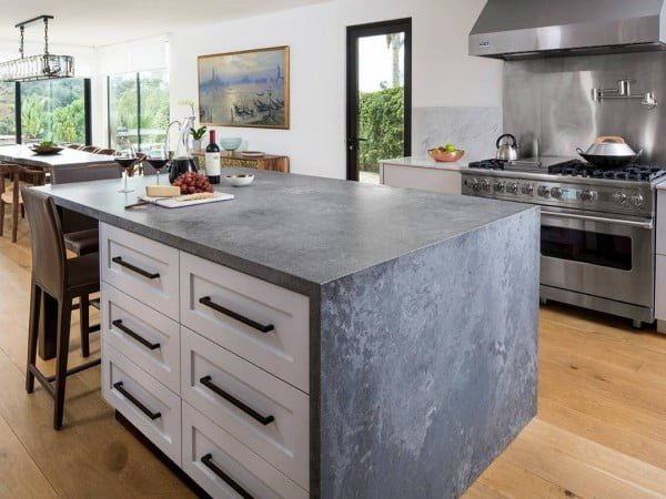 Love these grey Caesarstone quartz #kitchen countertops! #homedecor