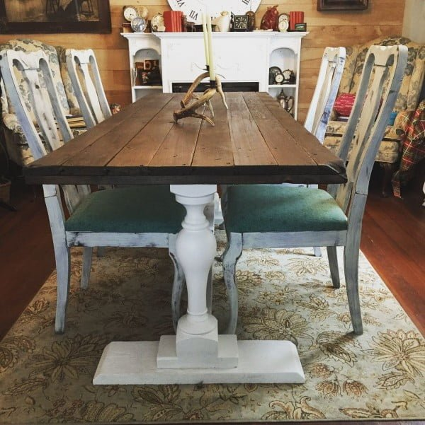 Awesome treble table for the gorgeous #farmhouse style. Love it! #homedecor