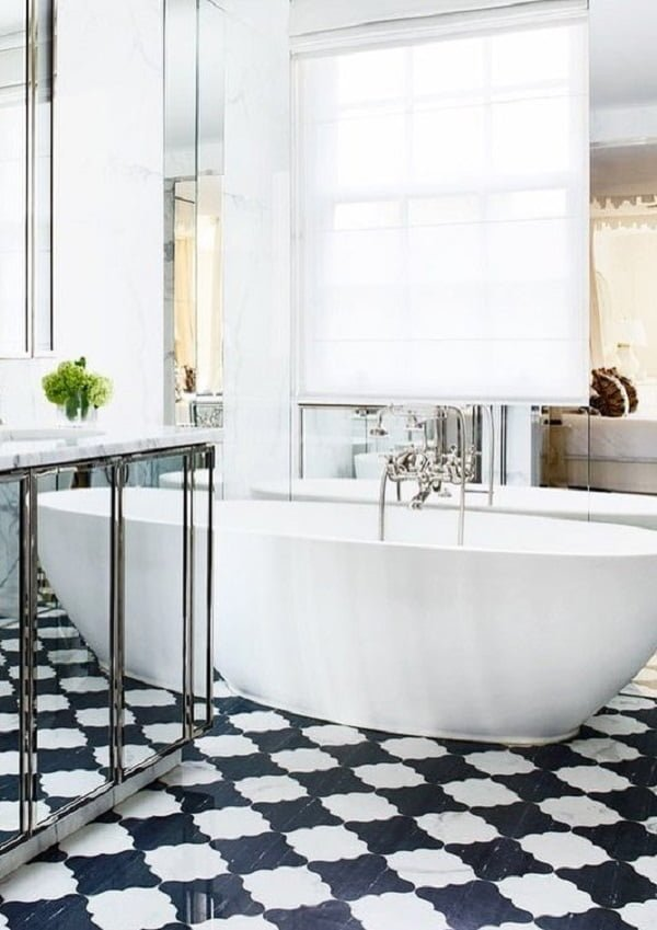 Going for the classy look with whites, checkered floor and metallics. Love this!