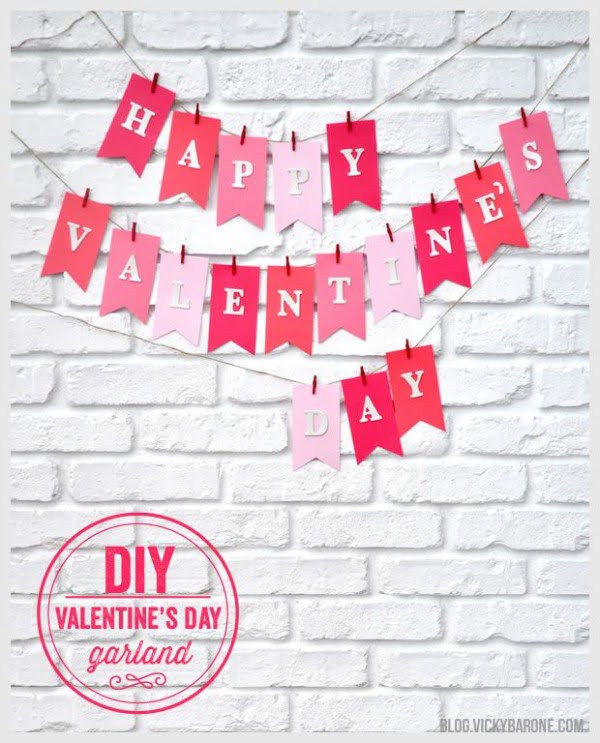 Check out this easy idea on how to make a #DIY garland for #ValentinesDayDecor #ValentinesDayCrafts #ValentinesIdeas