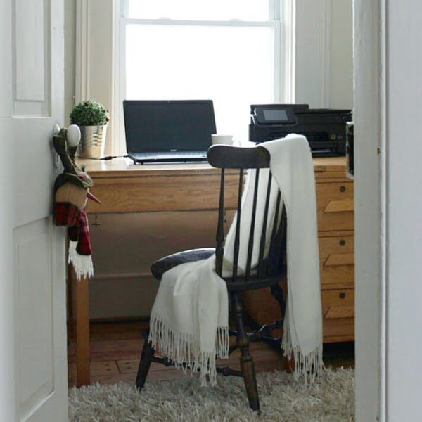 100 Charming Farmhouse Decor Ideas for Your Home Office - Check out this #farmhouse style home office decor with a vintage desk and spindle chair. Love it! #HomeDecorIdeas #HomeOfficeIdeas #FarmhouseStyle