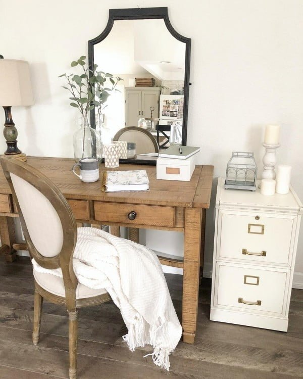 100 Charming Farmhouse Decor Ideas for Your Home Office - Check out this #farmhouse style home office decor with a vintage desk and cabinet. Love it! #HomeDecorIdeas #HomeOfficeIdeas #FarmhouseStyle