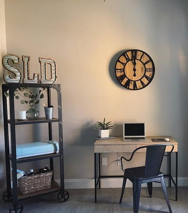 100 Charming Farmhouse Decor Ideas for Your Home Office - Check out this #farmhouse style home office decor with a large wall clock. Love it! #HomeDecorIdeas #HomeOfficeIdeas #FarmhouseStyle