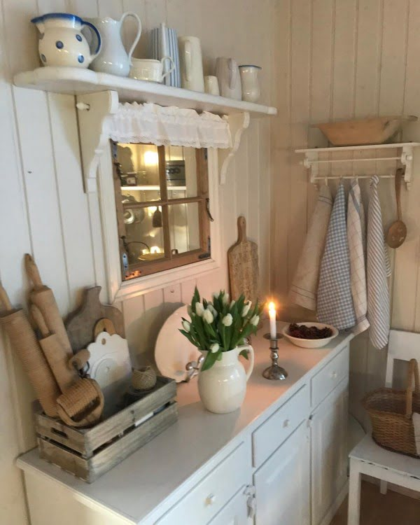 The combination of shiplap walls, #farmhouse shelves and white cabinets is awesome. Love this! #KitchenDecor #HomeDecorIdeas