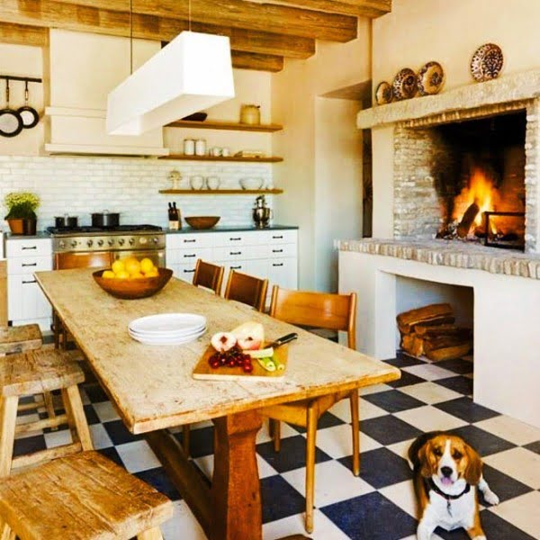 Natural #wood dining set for #farmhouse #kitchen decor. Love it! #KitchenDecor #HomeDecorIdeas