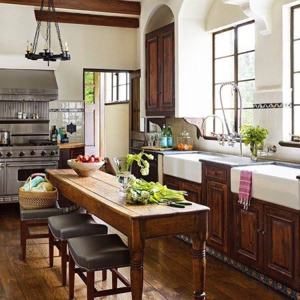 Leather cushion stools and a #rustic dining table. Love this #farmhouse #kitchen decor! #KitchenDecor #HomeDecorIdeas