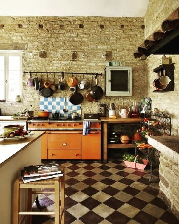 An exposed brick wall for #farmhouse #kitchen decor. Love it! #KitchenDecor #HomeDecorIdeas