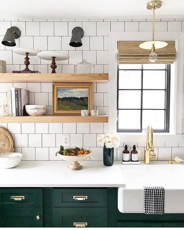 Check out this #farmhouse #kitchen decor idea with subway tiles. Love it! #KitchenDecor #HomeDecorIdeas