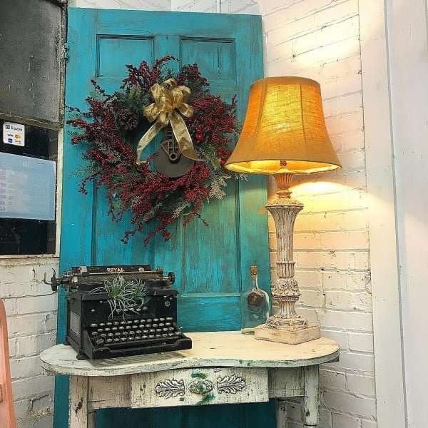 30 Most Impressive DIY Makeovers of Flea Market Finds - Check out this   flip of an old door vignette