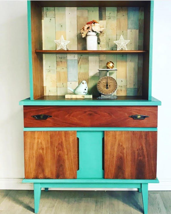 30 Most Impressive DIY Makeovers of Flea Market Finds - Check out this   flip of a rustic cupboard