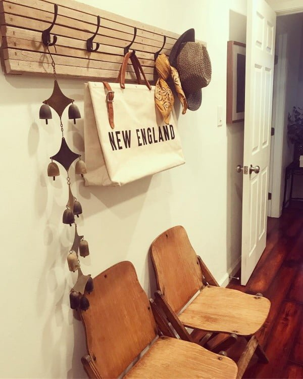 30 Most Impressive DIY Makeovers of Flea Market Finds - Check out this   flip of a hat rack