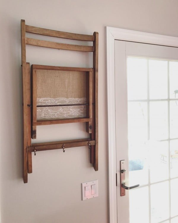 30 Most Impressive DIY Makeovers of Flea Market Finds - Check out this   flip of a folding chair turned coat rack