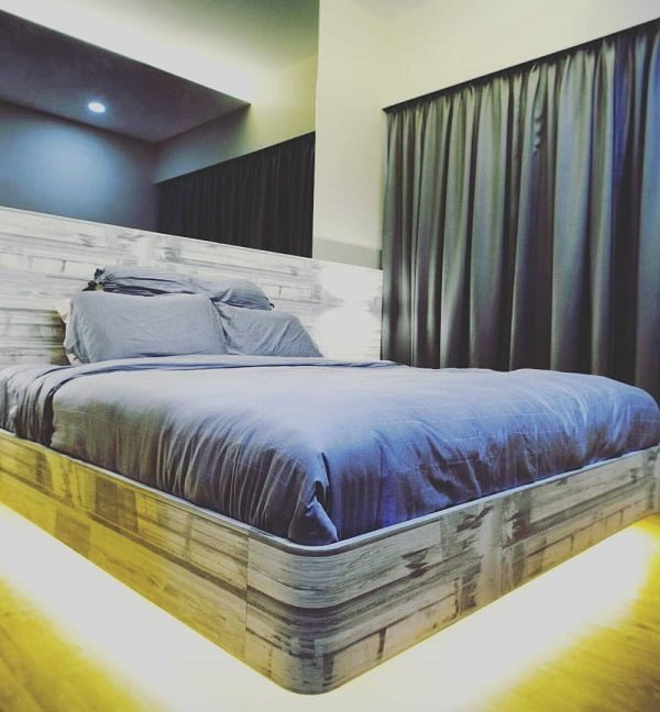 Awesome floating bed and #bedroom design. Love it! #BedroomIdeas #BedroomDecor #HomeDecorIdeas