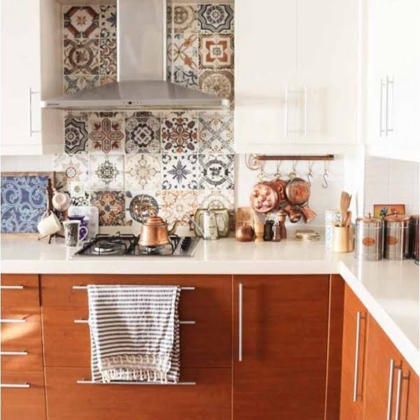 Check out this mixed tile  and the brilliant . Love it!