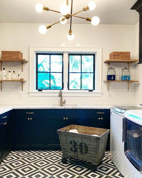 100 Fabulous Laundry Room Decor Ideas You Can Copy - Inspiring modern style laundry room decor with statement chandelier