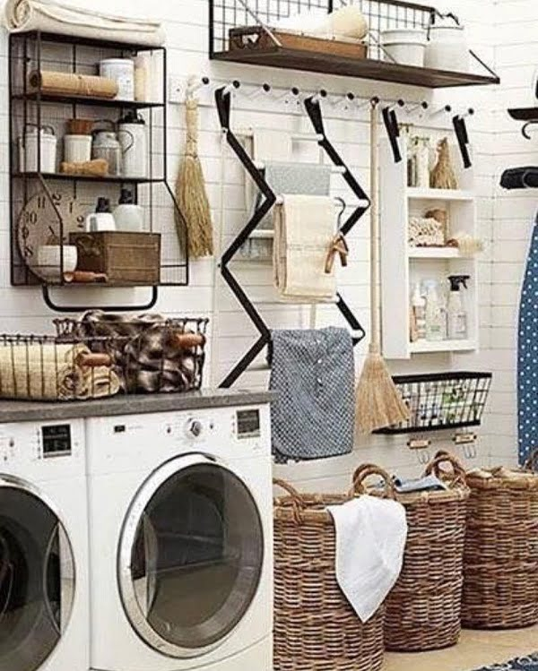 100 Fabulous Laundry Room Decor Ideas You Can Copy - Check out this laundry room decor idea with great organization. Love it! #LaundryRoomDesign #HomeDecorIdeas
