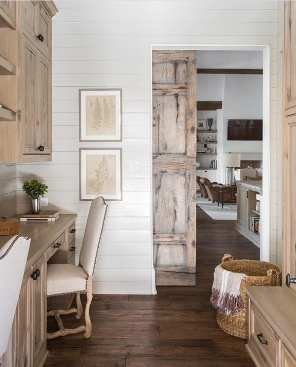 Love this kitchen decor with  coastal accents
