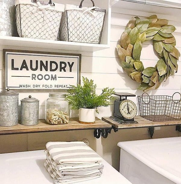 100 Fabulous Laundry Room Decor Ideas You Can Copy - Love this laundry room decor with shiplap. Great inspiration! #homedecor
