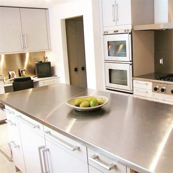 Types Of Stainless Steel Countertops. 2/10