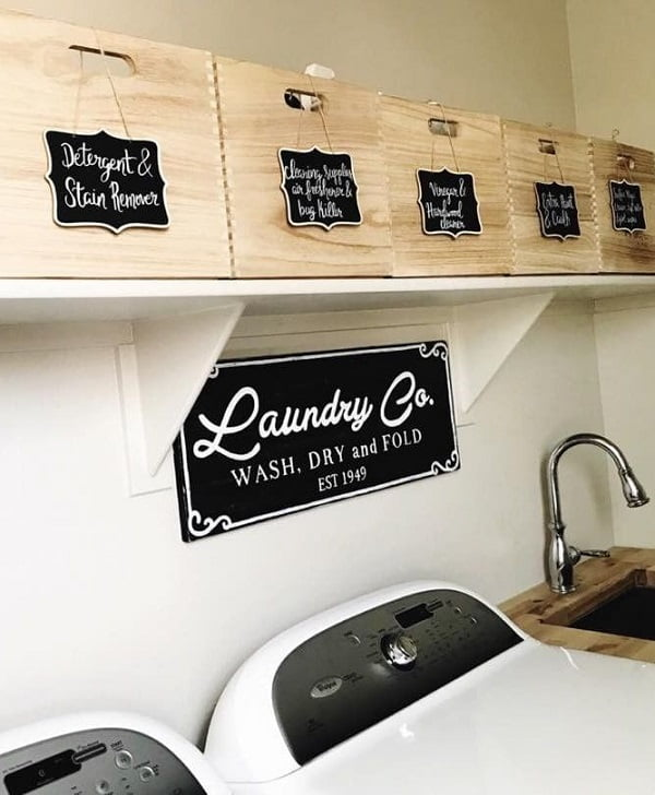 100 Fabulous Laundry Room Decor Ideas You Can Copy - Check out this idea for storage basket and laundry room decor. Love it!