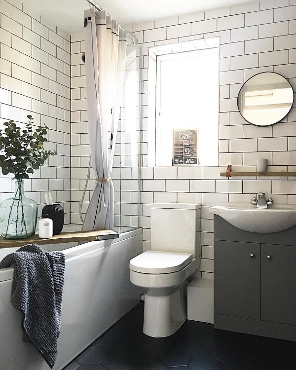 Subway tile works in  decor every time. Love this!