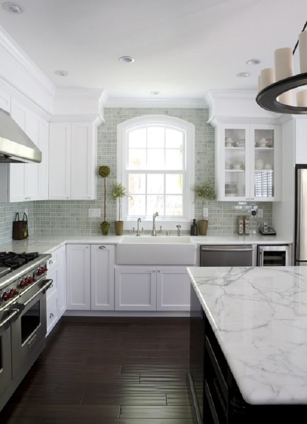 kitchen decor idea with marble countertops. Love it!