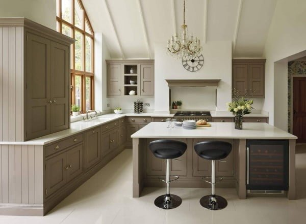 Check out this unusual extra classy kitchen design. Love it!