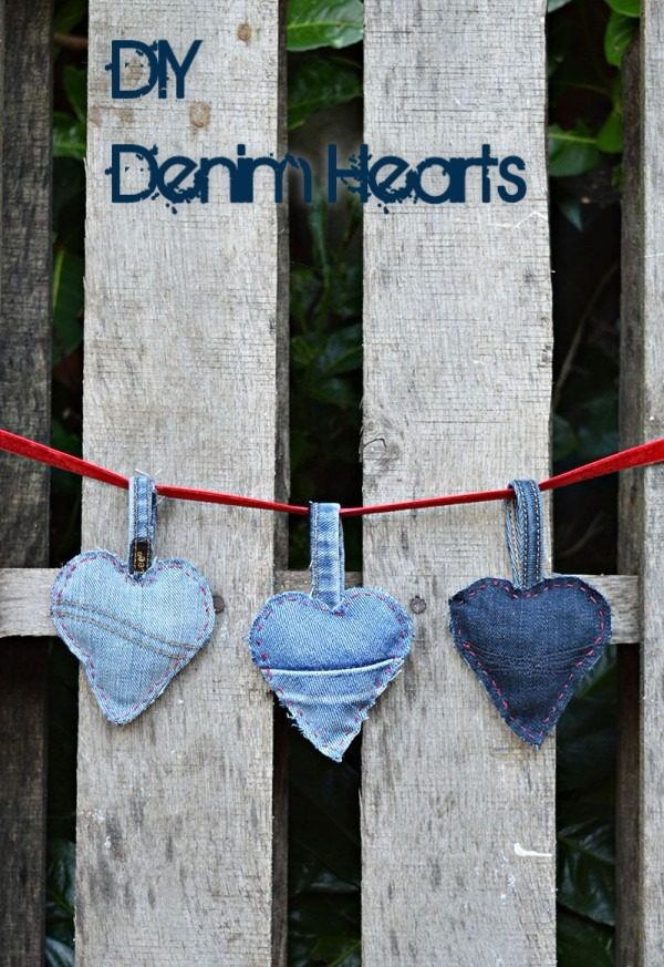 Check out this easy idea on how to make #DIY denim hearts for #ValentinesDayDecor #ValentinesDayCrafts #ValentinesIdeas