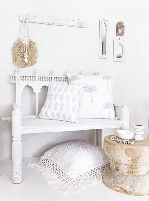 Love the all white   decor!