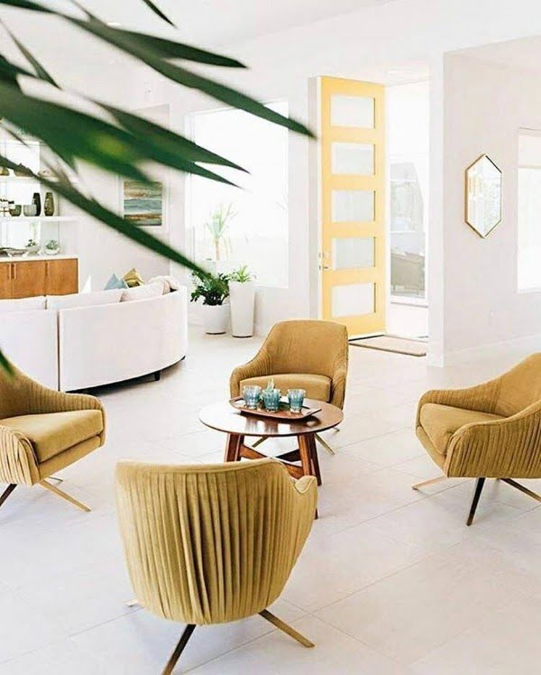 California chic decor idea with mid-century furniture. Love it!