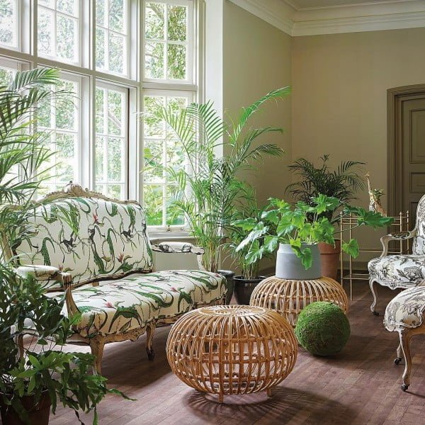 California chic sun room decor idea. Love it!