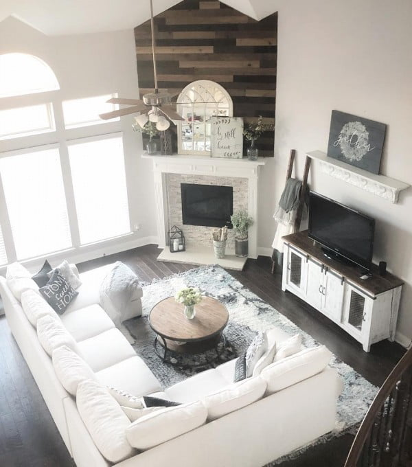 living room decor idea with modern furniture and rustic accents. Love it!