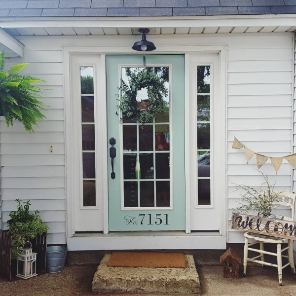 Check out this  porch decor idea with a stenciled house number. Love it!