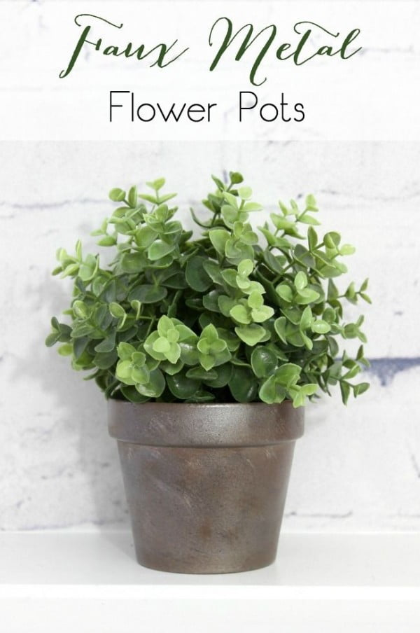 Check out this easy idea on how to make a #DIY faux metal flower pot #HomeDecorIdeas
