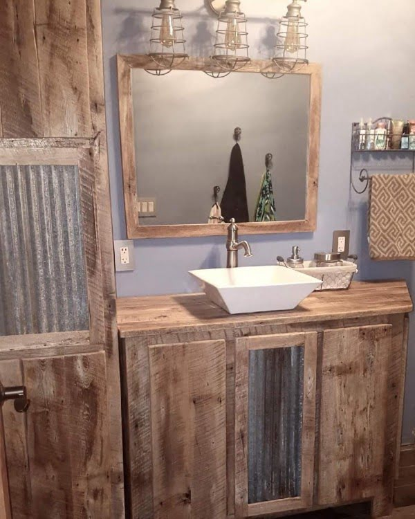 100 Cozy Rustic Farmhouse Bathroom Decor Ideas You Can Easily Copy - Check out this  bathroom decor idea with reclaimed wood furniture. Love it!