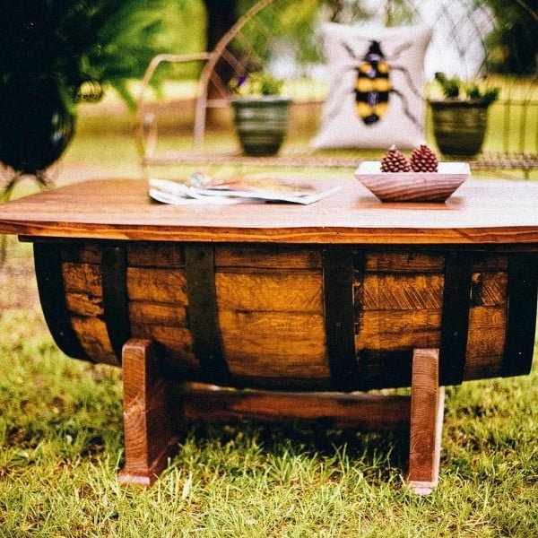 You have to see this shabby chic outdoor space decor idea with a barrel outdoor table. Love it!