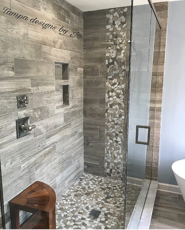 You have to see this bathroom decor idea with wood tile and pebble mosaic that will turn your bathroom into SPA!
