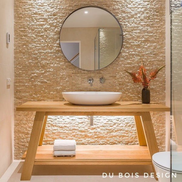 You have to see this bathroom decor idea with rocky textured walls that will turn your bathroom into SPA!