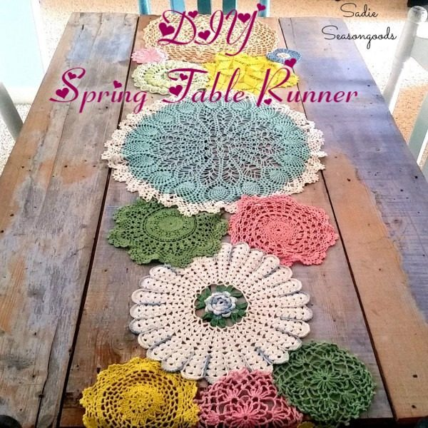 You have to see this tutorial on how to make #DIY doily table runner for spring decor #HomeDecorIdeas