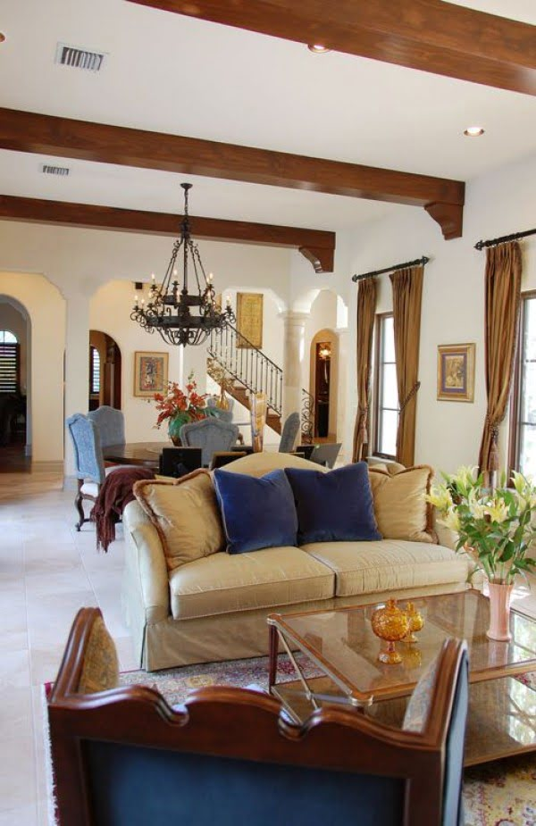 living room decor idea with Mediterranean accents. Love it!